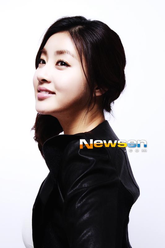 Leeteuk and kang sora secretly hookup